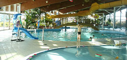 Challans 85300 piscine aqualo de challans sorties en for Cap vert dijon piscine